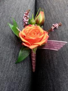 Orange Spray Rose Boutonniere (B12)