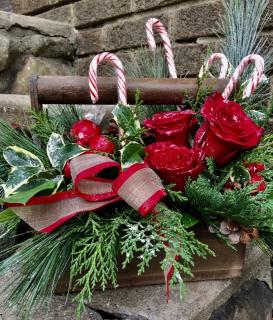 Holiday Craftsman\'s Basket