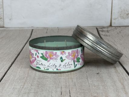 Water Lily & Aloe Candle