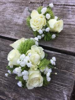White Spray Rose Boutonniere & Corsage Set