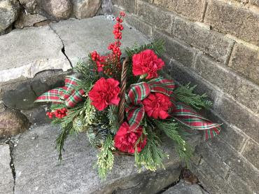 Large Yuletide Basket