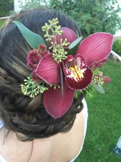 Burgundy orchid hair comb