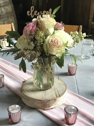 Blush and white centerpieces
